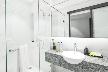 Suite Bathroom - Amanuba Hotel & Resort Rancamaya (2)